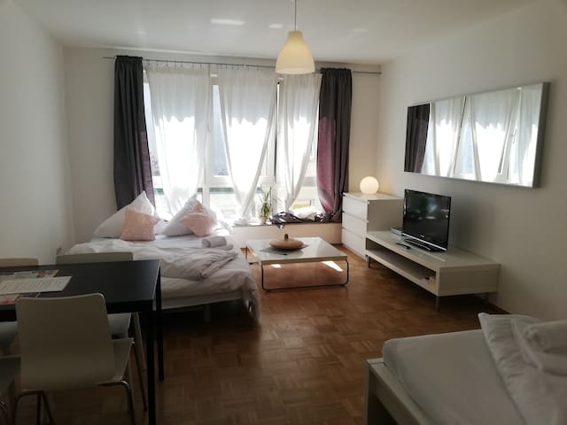 Apartment for 4 persons in Berlin Mitte (1.9/6.5)
