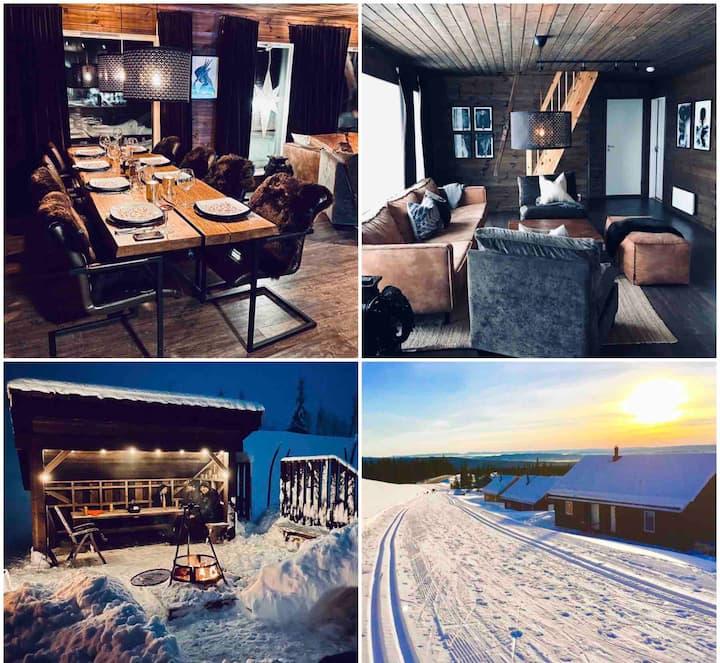 Moderne hytte på Sjusjøen, tilrettelagt for barn.