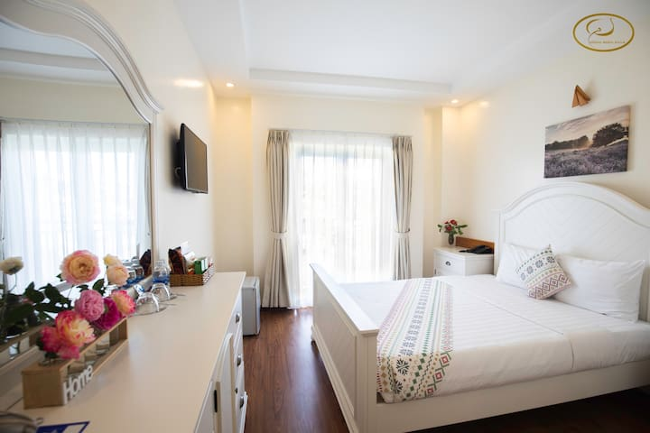 1 BRs with Balcony garden view in Dalat Center 605