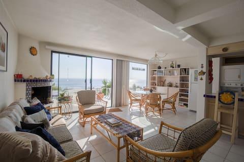 Mediterranean Style Condo, 180 degree ocean  views
