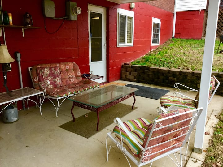 Cozy Clarksville Space 2 BR