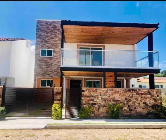 Casa moderna en Tequisquiapan