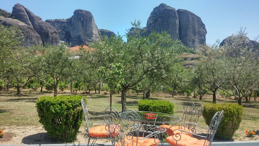 Olive Grove 2 Rooms Meteora