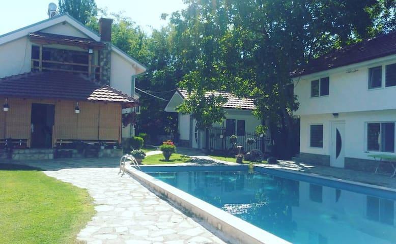 Villa Ruma