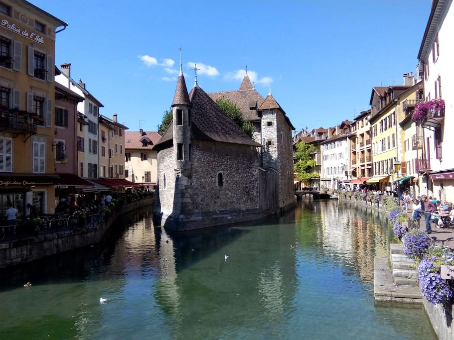 Annecy France Apartments For Rent