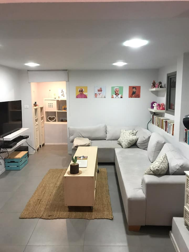 Apartment with beautiful garden in North Tel Aviv