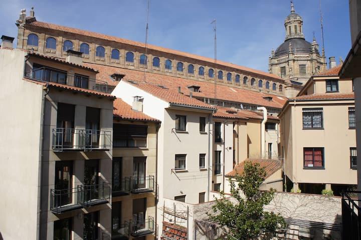 Monumental Apartments Salamanca 202