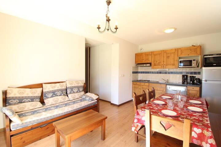 SPO004 Appartement 6 pers avec terrasse et très belle vue montagne