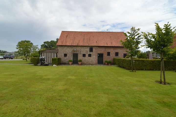 Pleasant holiday home in West Flanders with enclosed garden and jacuzzi
