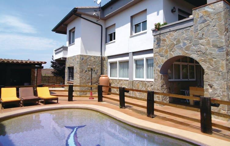 Villa de la Rosa con jacuzzi exterior - Condado del Jaruco - Hus