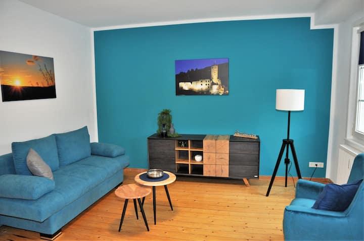 Modernisierte Wohnung in historischem Umfeld