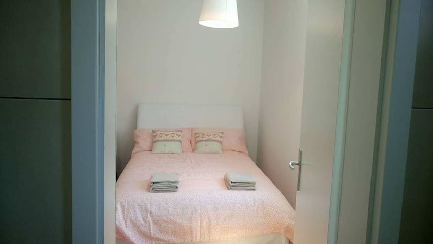 Studio 2+1 walking distance to town - Koper - Pis
