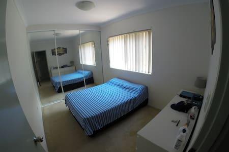 Master Room en-suite in Kensington - Kensington