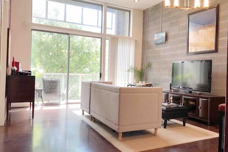 Luxury Condo in the heart of Plaza Midwood