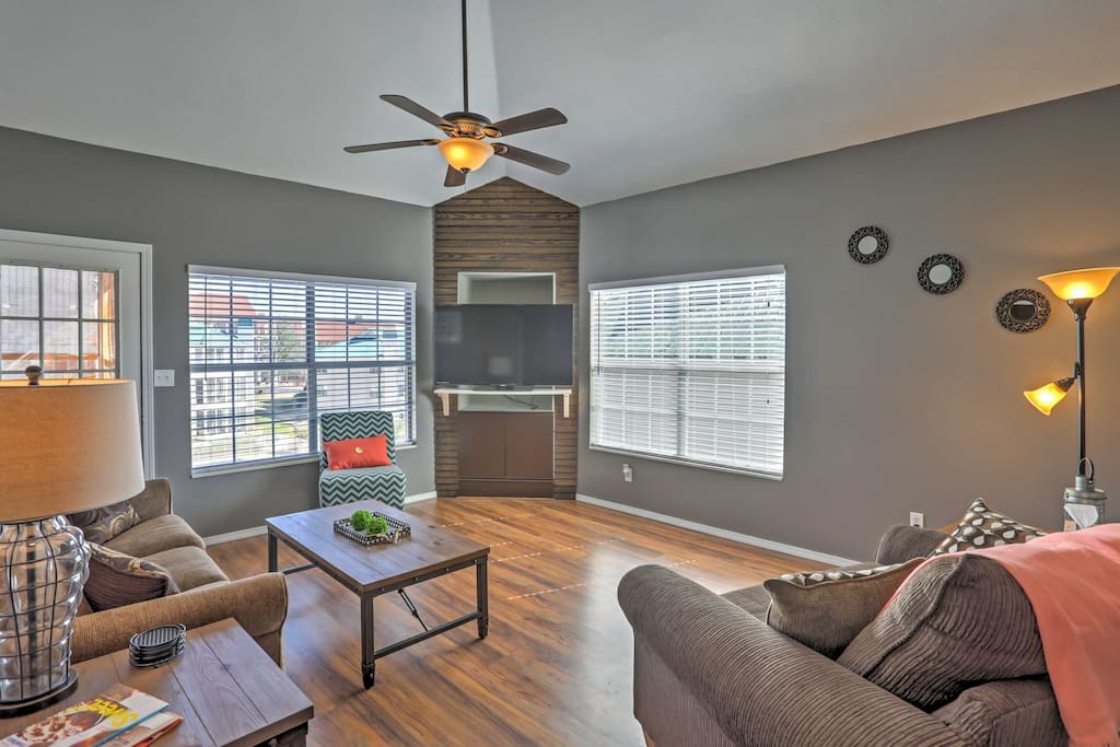 Plenty of the sunlight in the living room as you utilize the new TV area.
