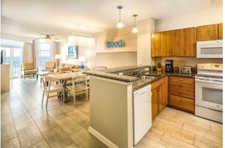 Ocean Boulevard's kitchen and dining area- in unit, layout may vary