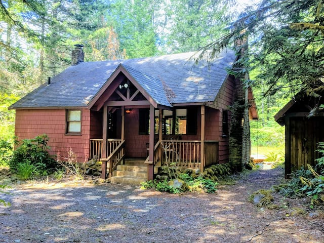 The Little Red Getaway on the Sandy River!