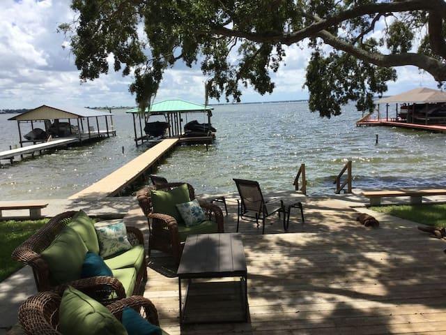 Lake June-in-Winter Seasonal Rental