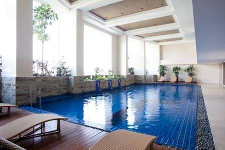 KL Tower Greenbelt Studio Apartment / Condominium - Makati