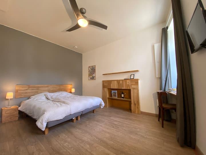 Double room centre of St. Emilion