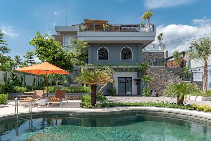 New build LUXURY studio 1 in Lovina #Bali #view