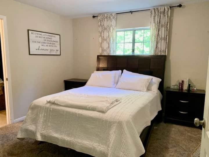 Sacramento CA Private Room!