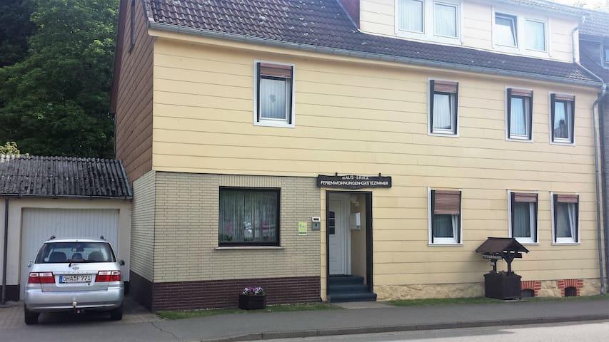 Ferienwohnung Cziesla Wohnung 1 (2 Schlafzimmer) - Bad Sachsa - Appartement