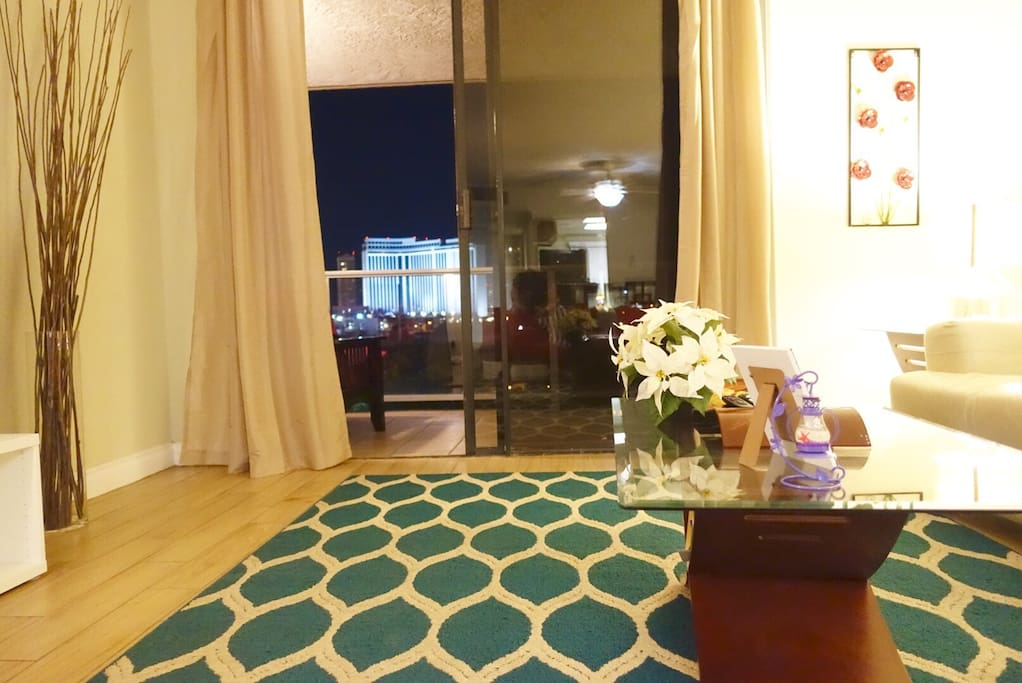 Living Room, Balcony View Near Country Club Golf Course & Strip