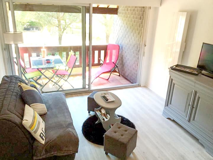 Apartment with one bedroom in Carnac, with furnished balcony - 200 m from the beach