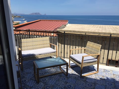 "Casa vacanze ""U Rizzagghiu"" Stanza Mare"