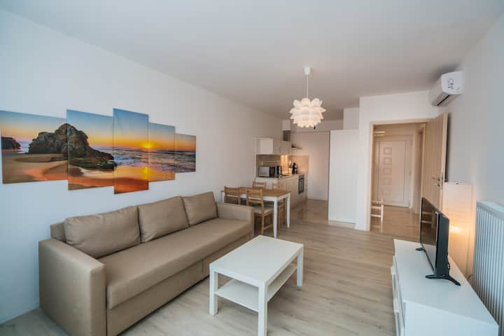 """Sunset"" Downtown Apartment Gold Coast Siófok"