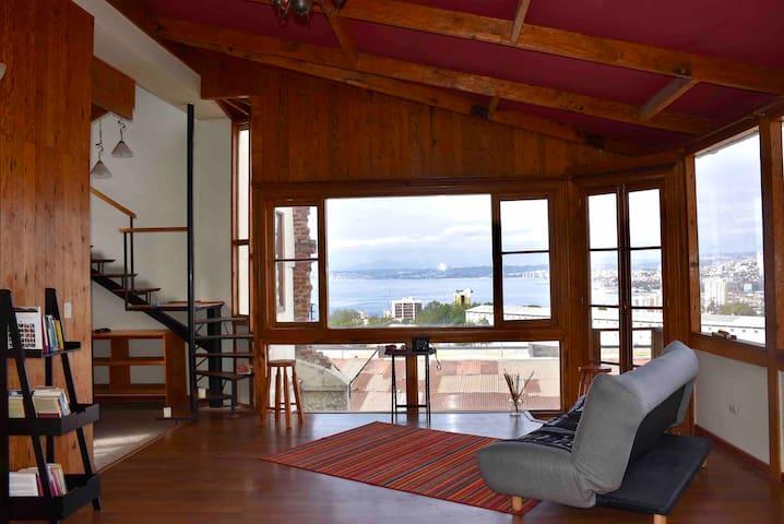Loft con vista completa a la Bahía