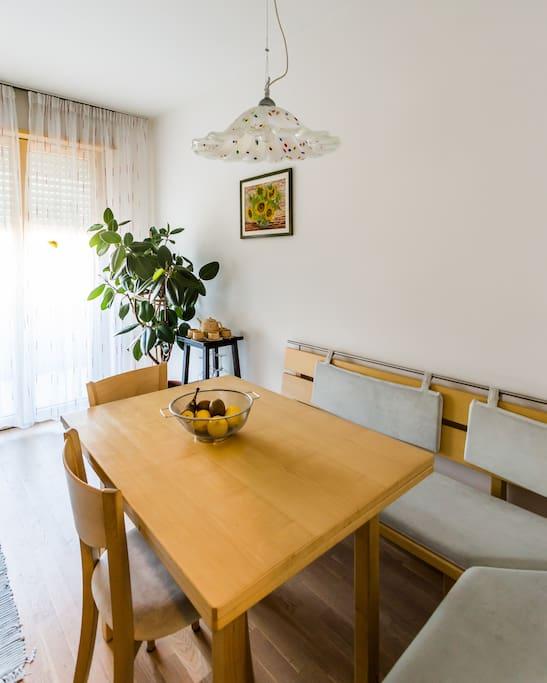 ruhige 80m2 wohnung mit sauna wohnungen zur miete in bozen trentino alto adige italien. Black Bedroom Furniture Sets. Home Design Ideas