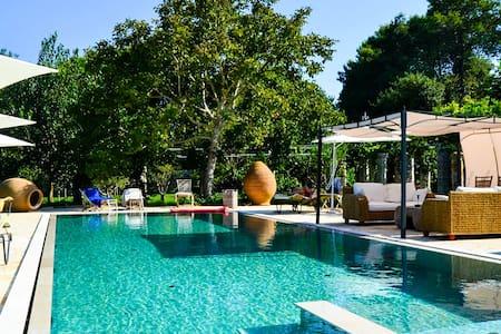 Luxury B&B Palazzo Siena - Home & More - Specchia Gallone - 家庭式旅館