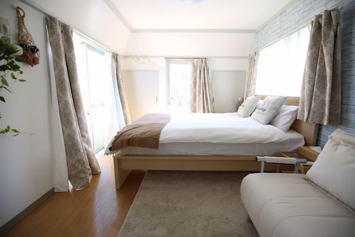 新宿商圈徒步,1室1厅,山手线直达涩谷原宿,4人最大入住,免费随身WIFI#5 B08