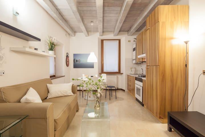 Casa Carega - Piazza Erbe