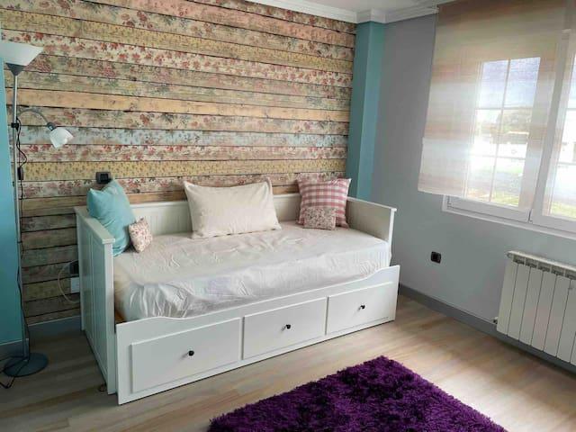 Dormitorio planta 1. 4 camas de 90