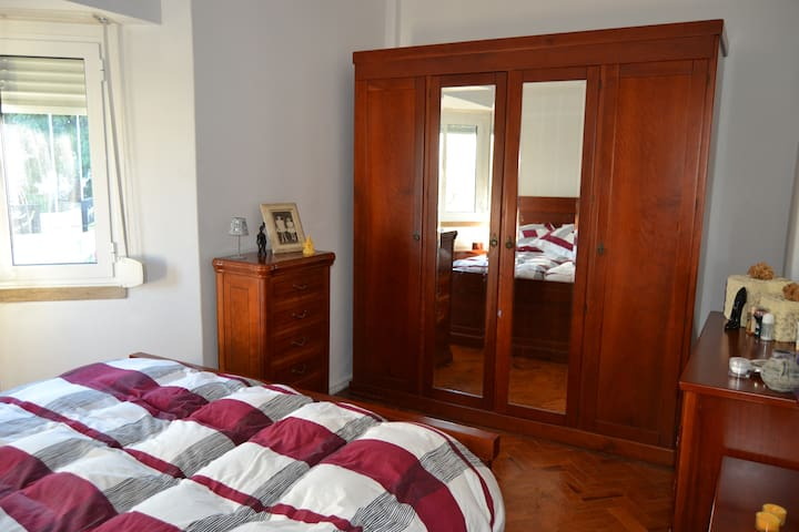 Lovely Apartment near Metro Station - Amadora