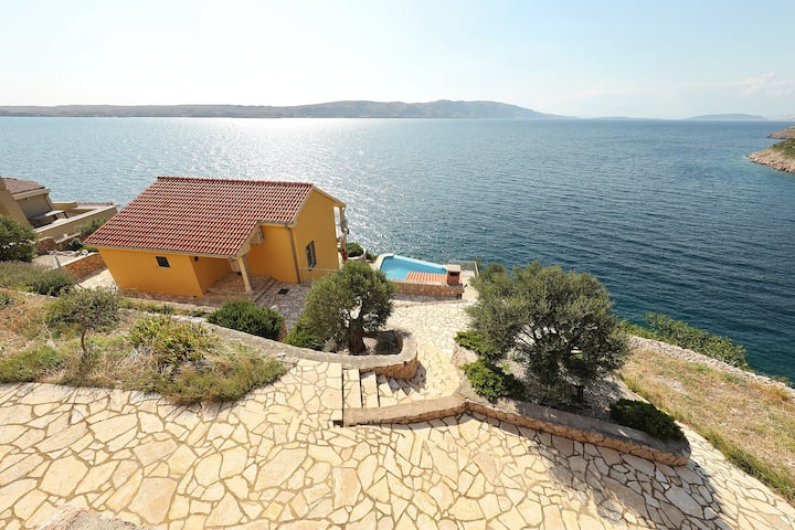 Villa with pool and private beach