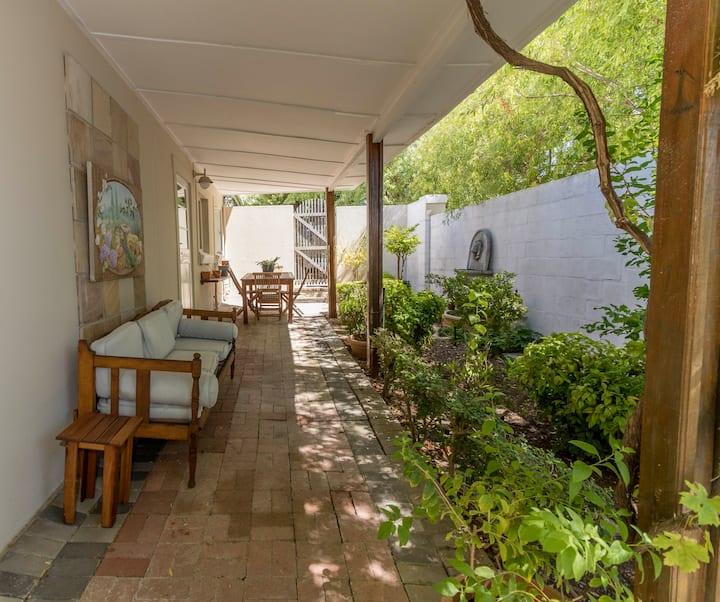 Capewinelands Cottage