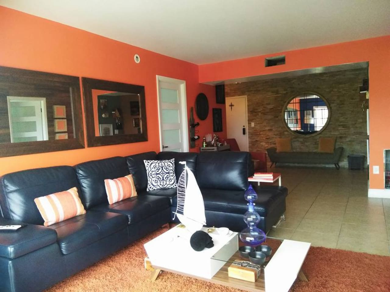 Open Living - Entertainment Area