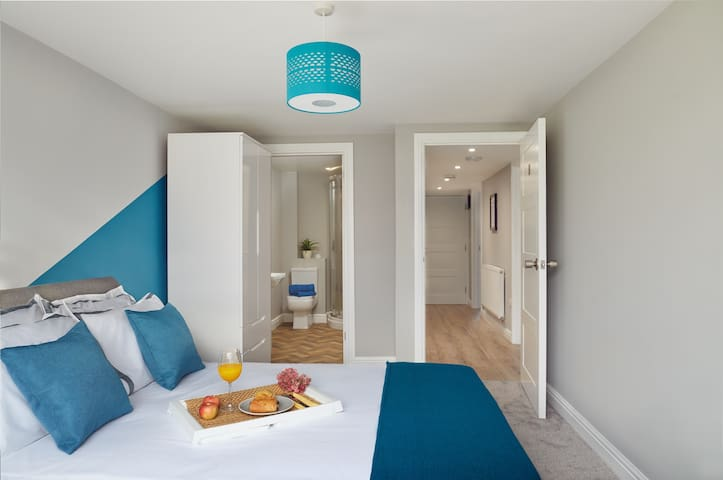 Stylish en-suite in the home of wellness living.