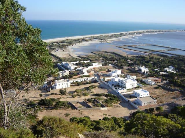 Une maison à Sidi Ali Mekki entre colline et mer