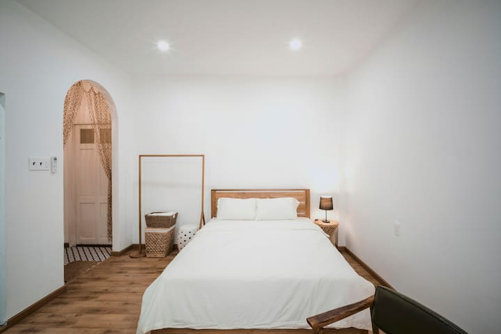 Right At Ben Thanh Market, Cozy Private Room