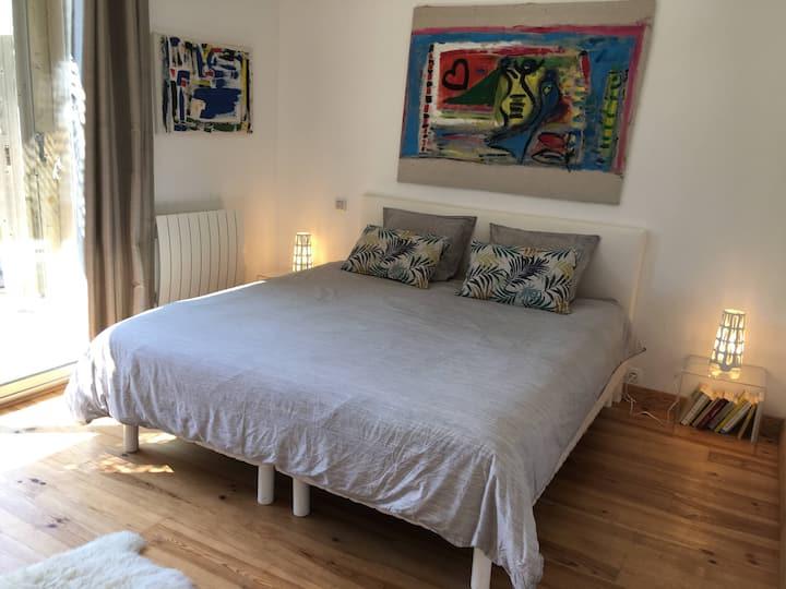 Luxury room in superb loft, beaches on foot