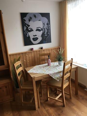 Studio mit Kitzsteinhornblick - Kaprun - Appartement
