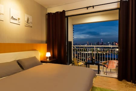 Alex Cozy Home * KL City * MRT * Stunning View *