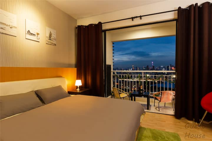 Alex Cozy Home * KL City * MRT * Stunning View *