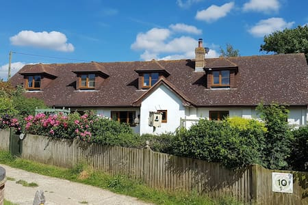 Cosy South Downs nr Newhaven Ferry/Lewes/Brighton - East Sussex - 獨棟