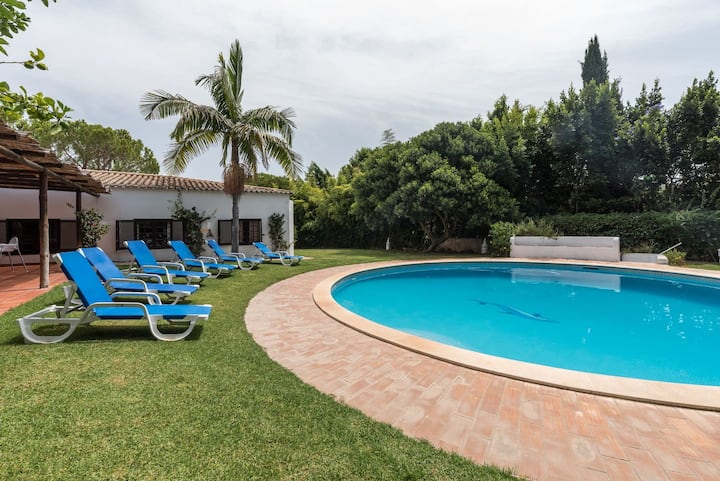 Nice House,5 room, private Garden,Pool, Algarve